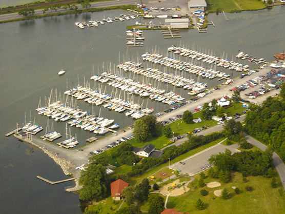 Collins Bay Marina Featured Image