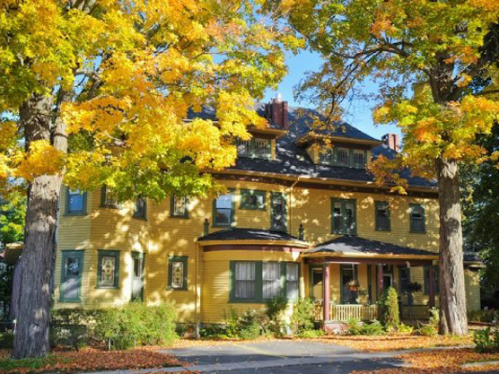 Sleepy Hollow Bed & Breakfast Featured Image