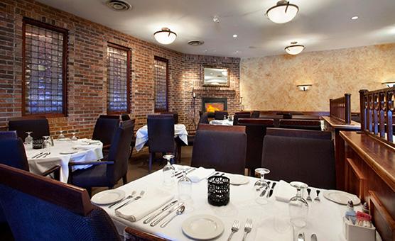regular_9794_travelodge_hotel_kingston_lasalle_restaurant