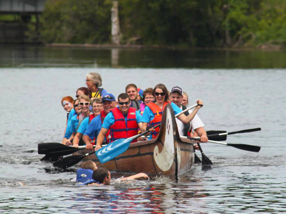 Rideau Roundtable Voyageur Canoe Tours Featured Image
