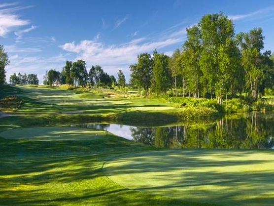 Trillium Wood Golf Club Featured Image