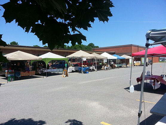 Frontenac Farmers Market Featured Image