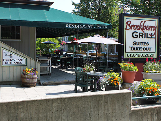 Brockberry Grill & Suites Featured Image