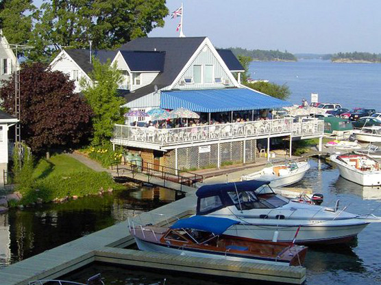 Boathouse Country Inn Restaurant & Pub Featured Image