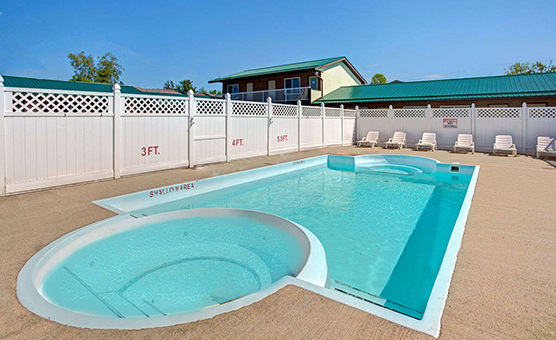 25793_pool_view_2